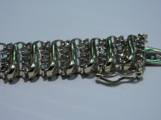 Gold-Diamond Bracelet 200 Diamonds 6.00 Carat T.W. 10K Yellow Gold 17.9g