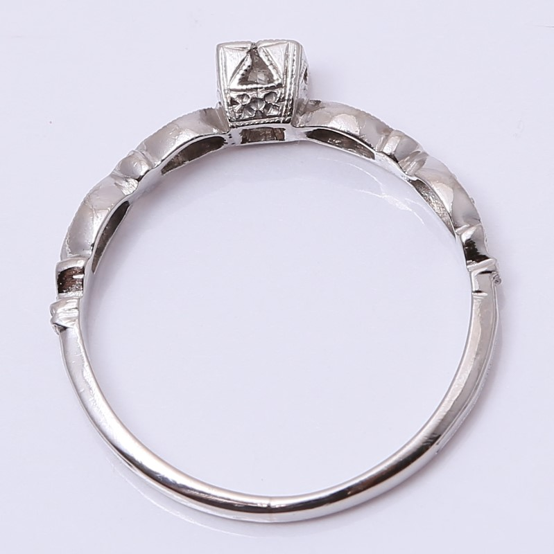 Vintage Inspired Platinum Round Brilliant Solitaire Ring Size 4.8