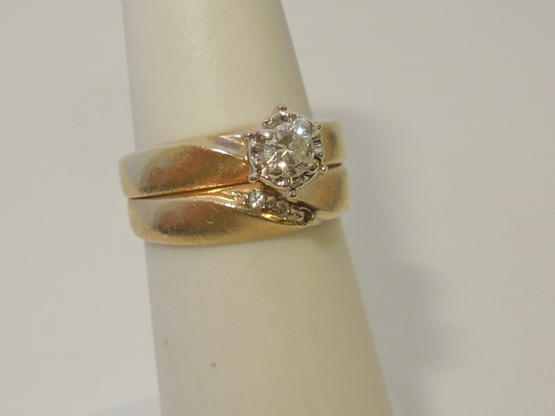 Lady's Diamond Wedding Set 4 Diamonds .18 Carat T.W. 14K Yellow Gold 3.2g