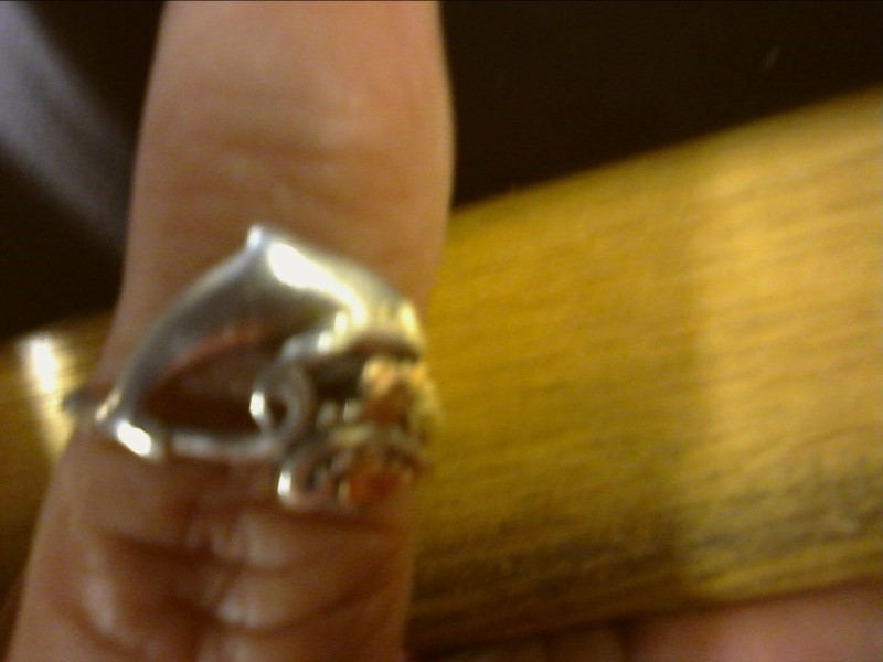 Lady's Silver Ring 925 Silver 2.26dwt