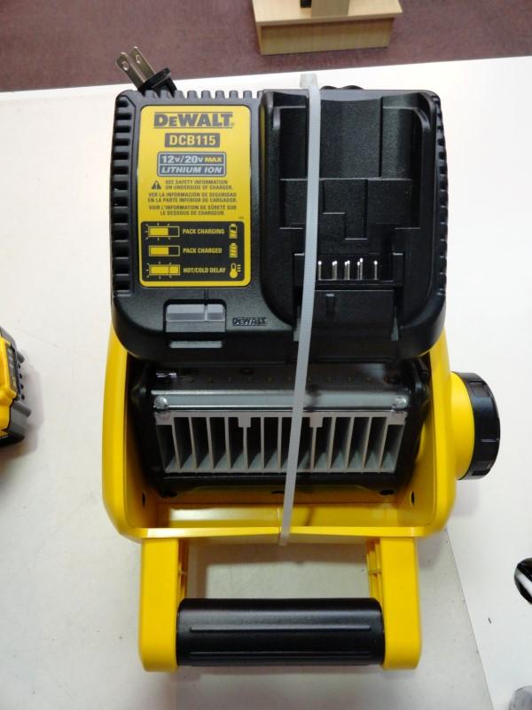 "Dewalt DCD996 20V 1/2"" Cordless Hammerdrill, DCL040 Worklight & DCL060 Worklight"