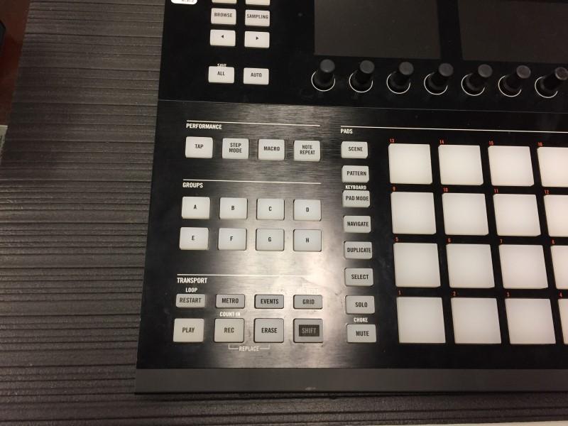 NATIVE INSTRUMENTS DJ Equipment MASCHINE STUDIO BLACK