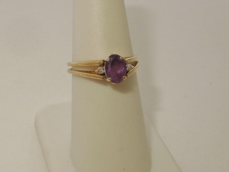Purple Stone Lady's Stone & Diamond Ring 9 Diamonds .045 Carat T.W.