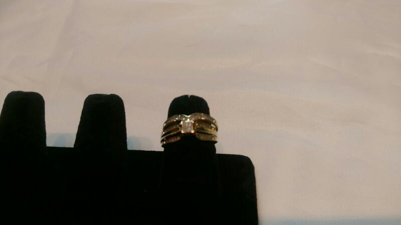 Lady's Diamond Wedding Set 30 Diamonds .30 Carat T.W. 10K Yellow Gold 3.5g