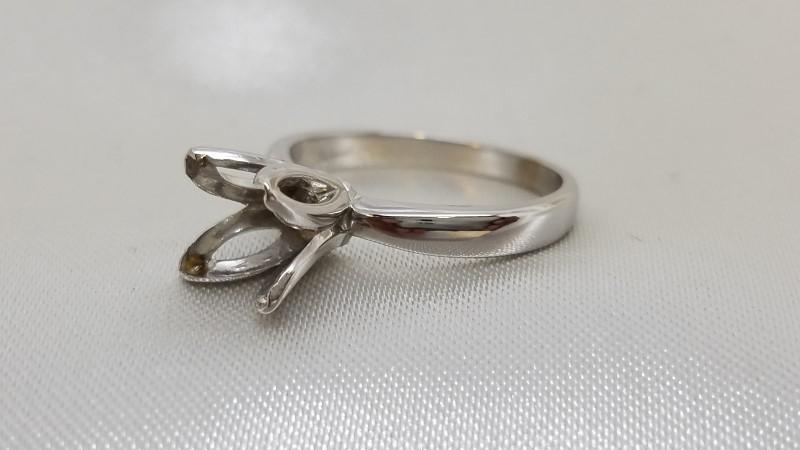 Lady's Gold Ring Mount 14K White Gold 2.7g Size:6