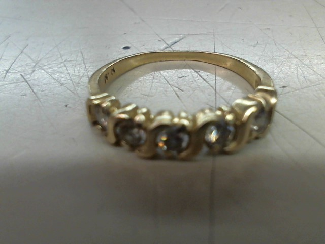 Lady's Diamond Wedding Band 5 Diamonds .25 Carat T.W. 14K Yellow Gold 2.2g