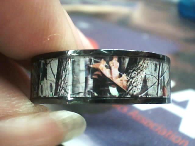 Gent's Ring Black Titanium 1.8dwt