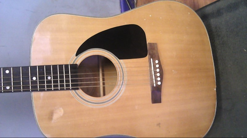 FENDER Acoustic Guitar DG-3