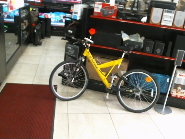 CANNONDALE Mountain Bicycle SUPER V 500