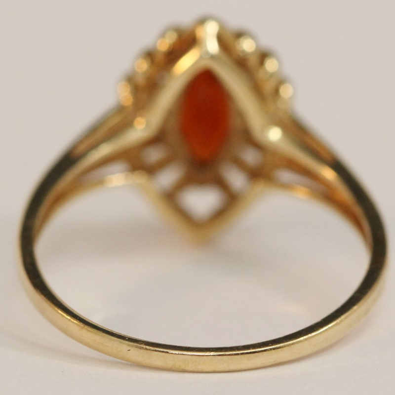 14K Yellow Gold Garnet Ring Size 10