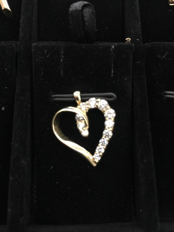 Synthetic Cubic Zirconia Gold-Stone Pendant 10K Yellow Gold 1.15dwt