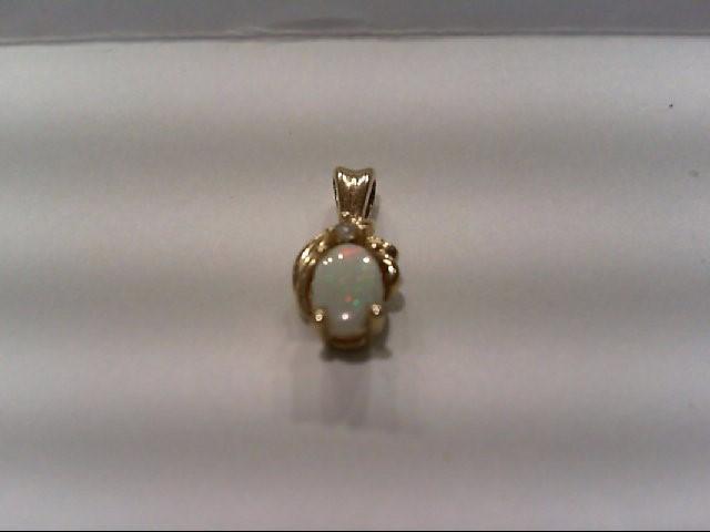 Gold-Diamond Solitaire Pendant .01 CT. 10K Yellow Gold 1g