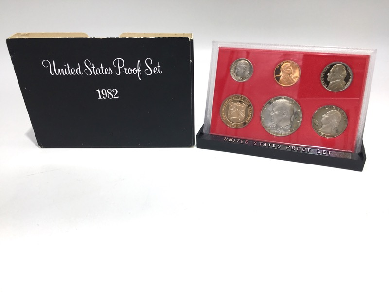 1982 S United States Proof Set - Six Coins - Display Box