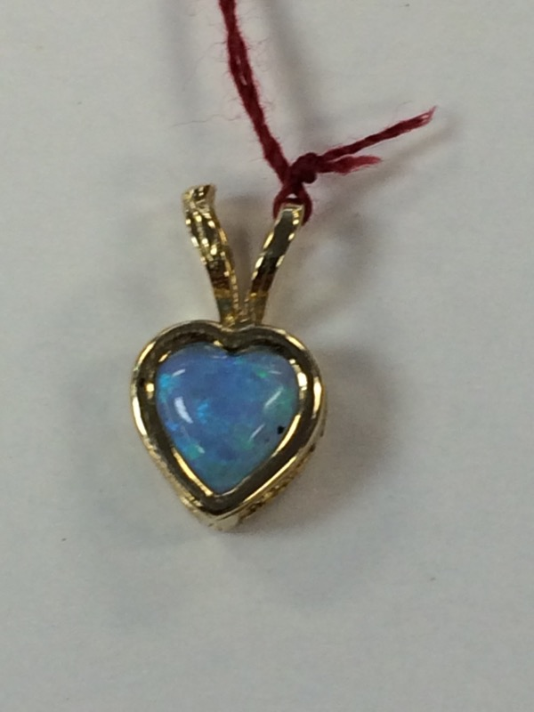 Synthetic Blue Heart  Topaz Gold-Stone Pendant 14K Yellow Gold 0.5g