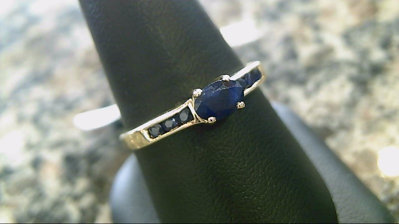Sapphire Lady's Stone Ring 14K Yellow Gold 2.5g