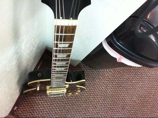 EPIPHONE Electric Guitar LES PAUL