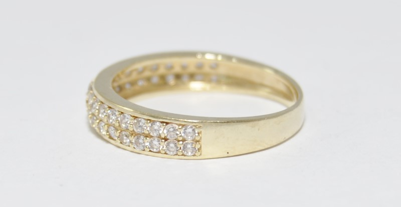 10K Yellow Gold Double CZ Row Wedding Band Ring Size 7