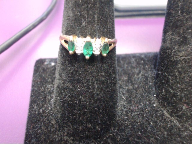 Emerald Lady's Stone & Diamond Ring 4 Diamonds .08 Carat T.W. 14K Yellow Gold