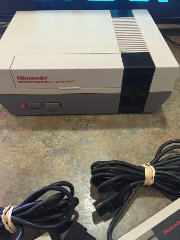 NINTENDO Nintendo ENTERTAIMENT SYSTEM NES-001