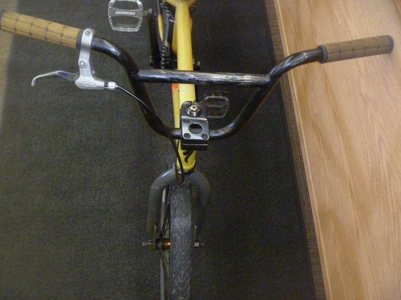 SPECIALIZED FUSE ONE 2009 BMX BIKE