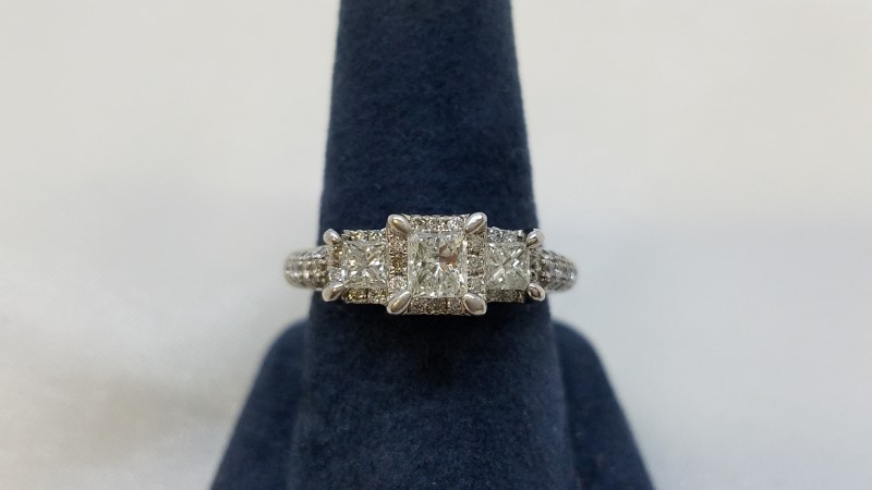 Lady's Diamond Engagement Ring 53 Diamonds 1.19 Carat T.W. 14K White Gold 4g