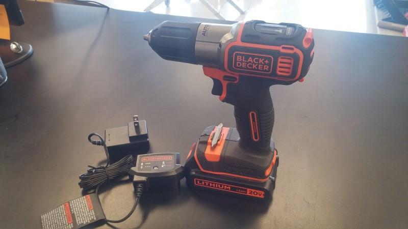 BLACK & DECKER 20V Cordless Drill BDCDE120