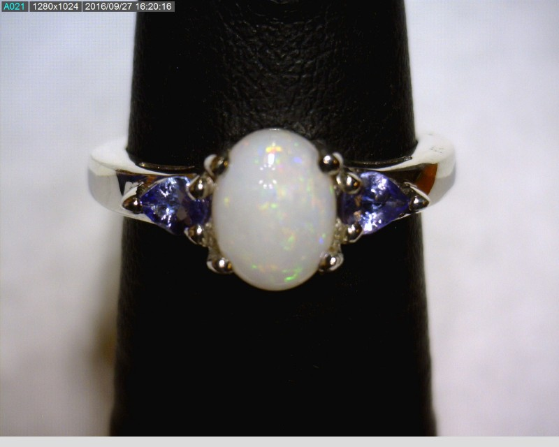 Opal Lady's Silver & Stone Ring 925 Silver 1.89dwt Size:5