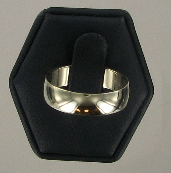 Gent's Gold Ring 10K Yellow Gold 3.1dwt