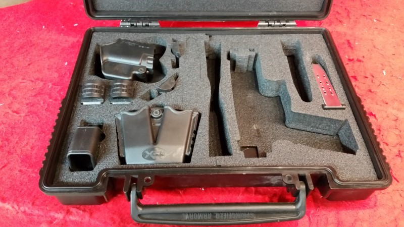 "Springfield XDM 45acp 3.8"" Compact - Gear Package / 2 Mags"