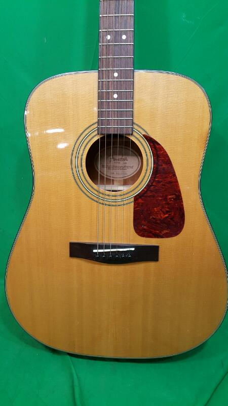 FENDER Acoustic Guitar DG-20S DREADNOUGHT