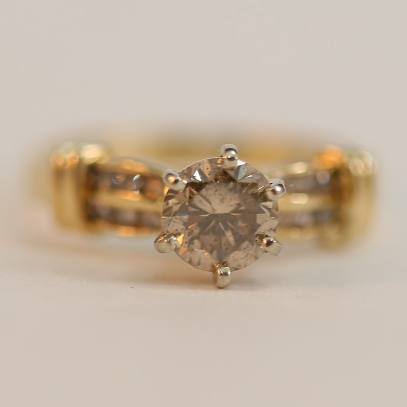 14K Yellow Gold Round Brilliant Diamond Engagement Ring Size 8.5