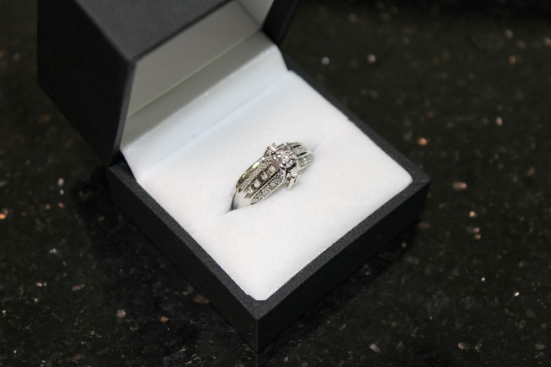 Round Brilliant Cut Diamond 10K White Gold Wedding Set WG