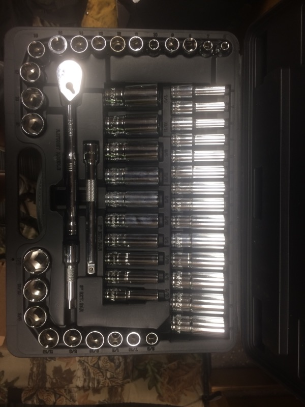DURALAST Sockets/Ratchet 50PC SOCKET AND WRENCH SET