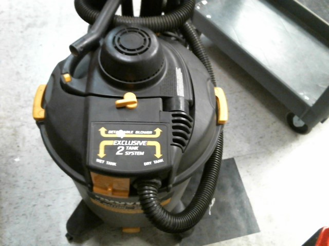HOOVER Vacuum Cleaner S6757