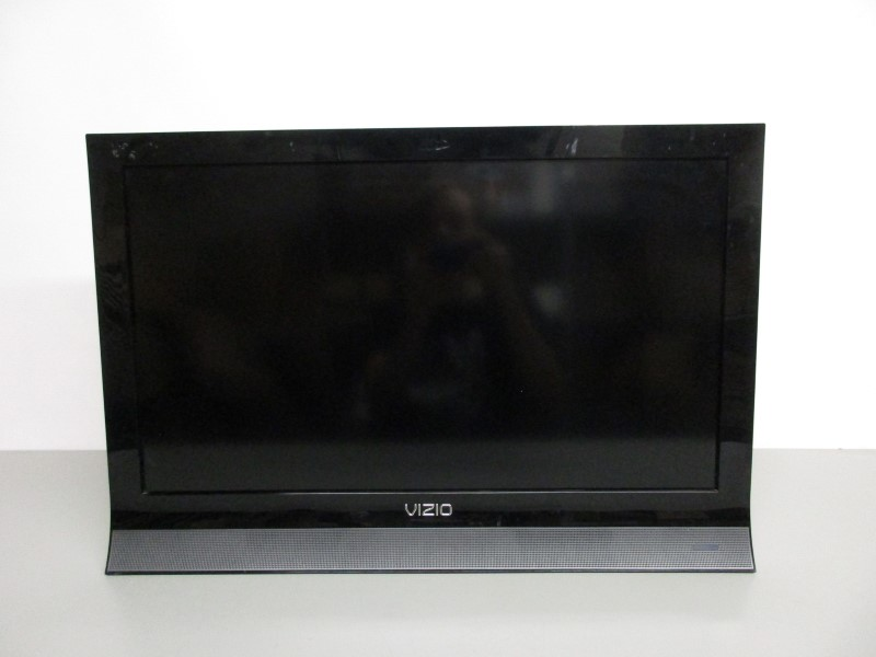 "VIZIO M260VA 26"" HD LED LCD TV"
