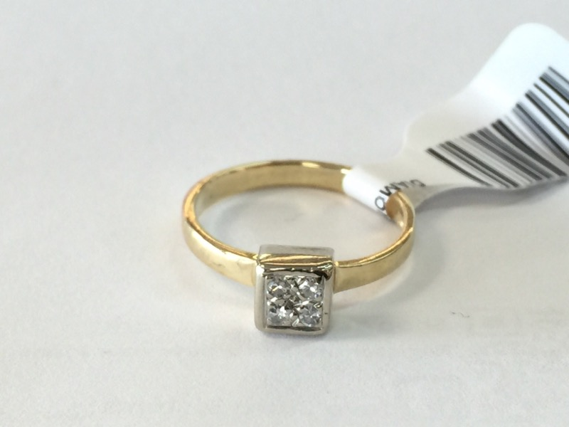 DIAMOND Lady's Diamond Engagement Ring 4-DIAMONDS 4 Diamonds .04 Carat T.W.