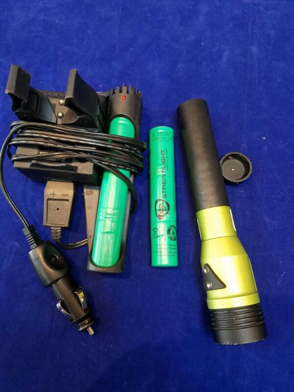 STREAMLIGHT Flashlight STINGER LED HL