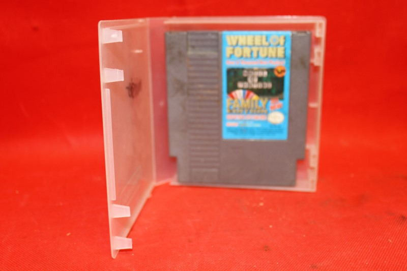 Wheel of Fortune Family Edition Nintendo NES game