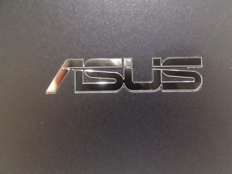 ASUS TRANSFORMER BOOK CHI IN BOX