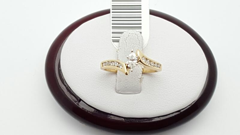 Lady's Diamond Engagement Ring 11 Diamonds .20 Carat T.W. 10K Yellow Gold 2.4g
