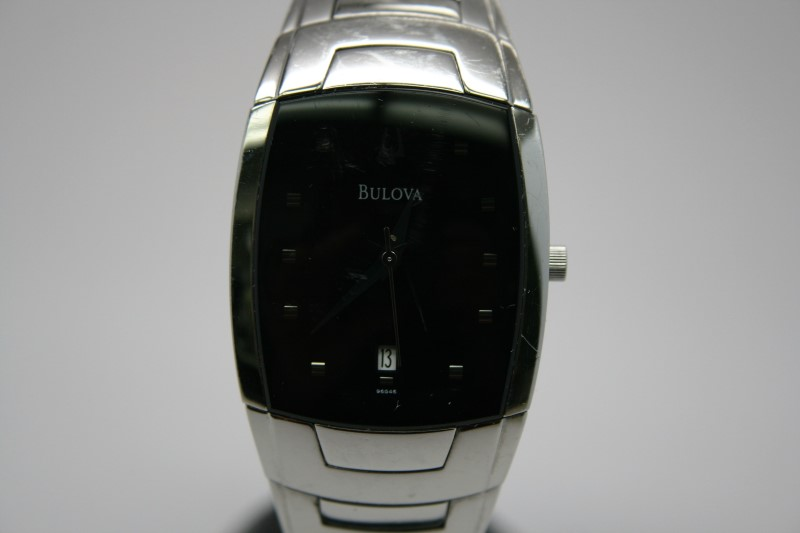 BULOVA GENT'S WATCH  96G46