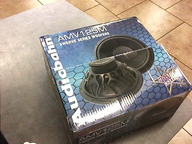 AUDIOBAHN Speakers/Subwoofer AMV125M