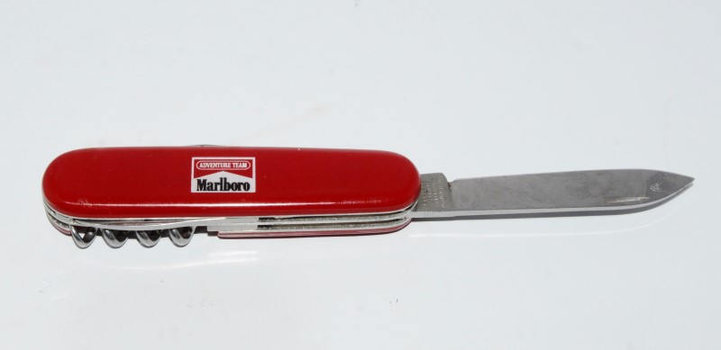 MARLBORO SWISS ARMY KNIFE