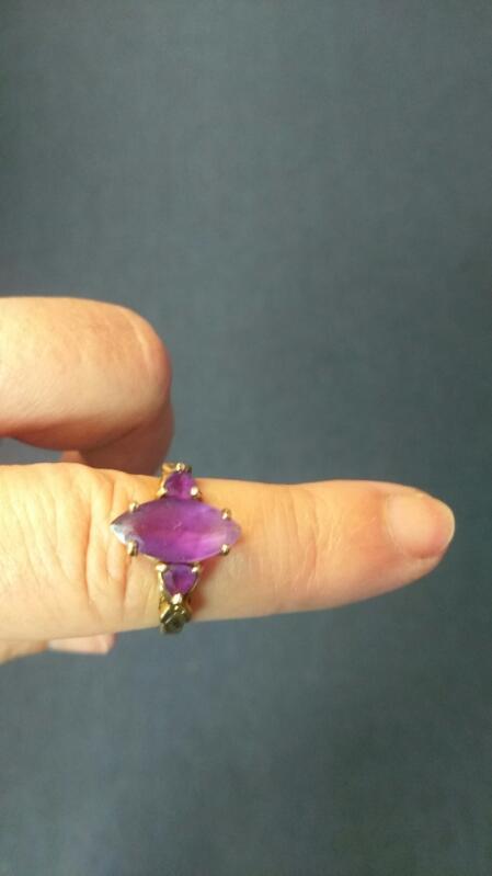 Purple Stone Lady's Ring 10K Yellow Gold 3.2g Size 6.5