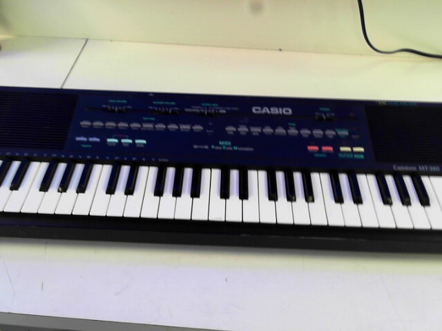 CASIO Keyboards/MIDI Equipment MT-240 MINI STEREO 49-KEYS