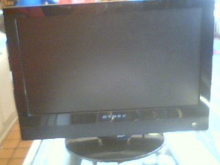 DYNEX Flat Panel Television E15AMZNKLWBDNN