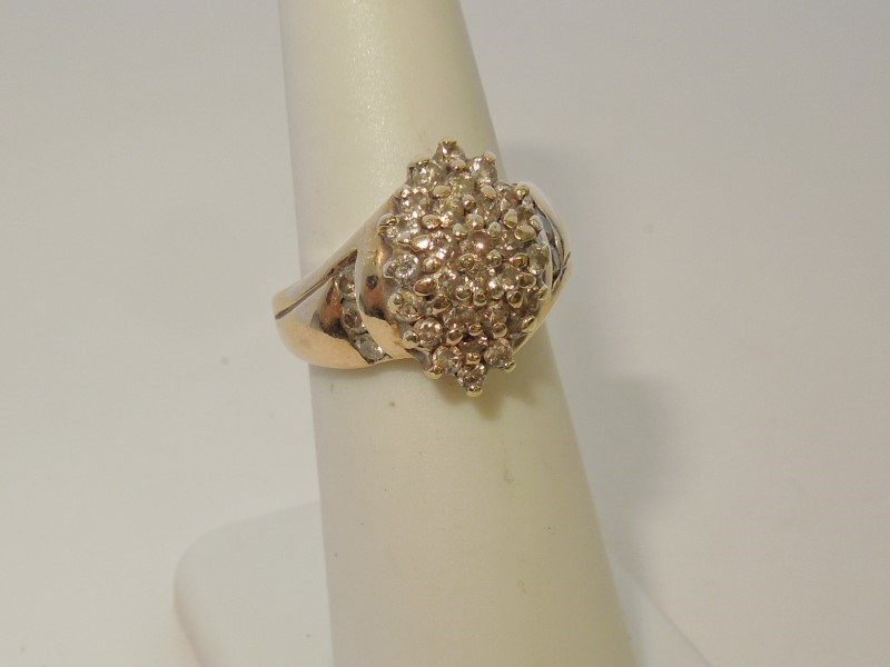Lady's Diamond Cluster Ring 35 Diamonds 1.05 Carat T.W. 14K Yellow Gold 5.7g