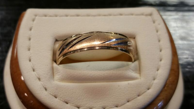 Gent's Gold Ring 10K Yellow Gold 1.8dwt Size:10.5