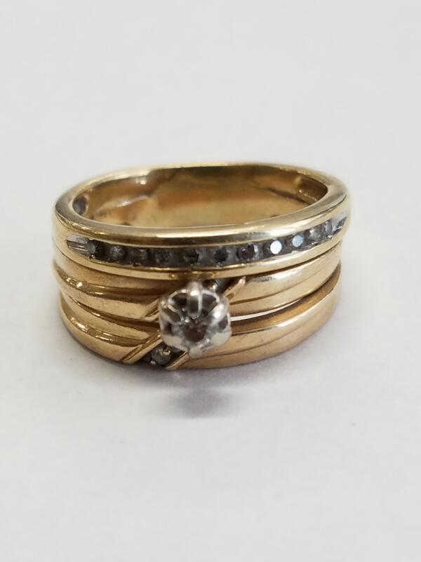 Lady's Diamond Wedding Set 14 Diamonds .18 Carat T.W. 14K Yellow Gold 5.6g
