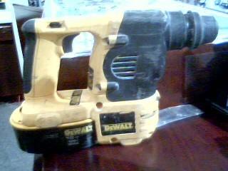 DEWALT Rotary Hammer DC212